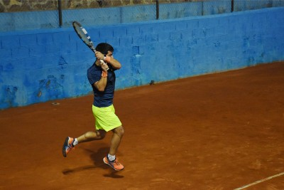 Jugador 3 equipo Nacualinos - Liga por equipos de tenis de Málaga4